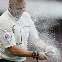 Premier League Referees Play With Vanishing Spray. No One Vanishes.